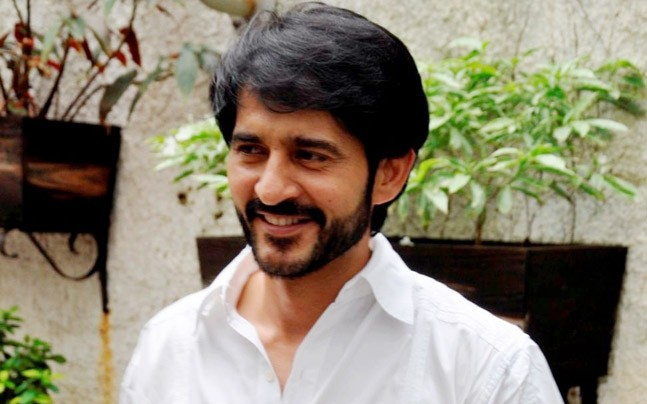 Big Boss 11 : Hiten Tejwani slams Hina and Shilpa in latest interview