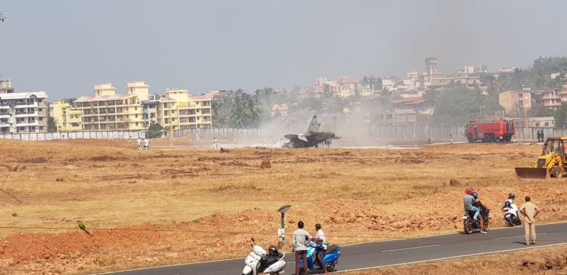 MiG-29 aircraft crashes at Goa's Dabolim airport, pilot safe