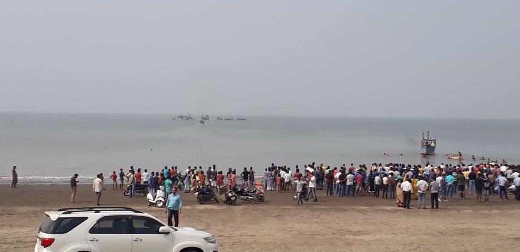Boat capsizes with 40 students near Maharashtra's Dahanu; 4 dead reported