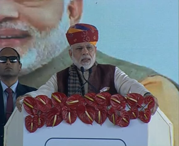 PM Modi inaugurates Oil Refinery in Barmer today; Criticises Congress