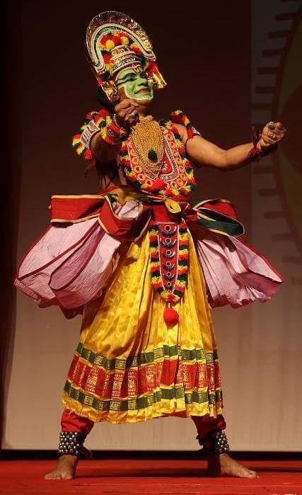 Kalamandalam Geethanandan, Kerala's veteran artist died during performance