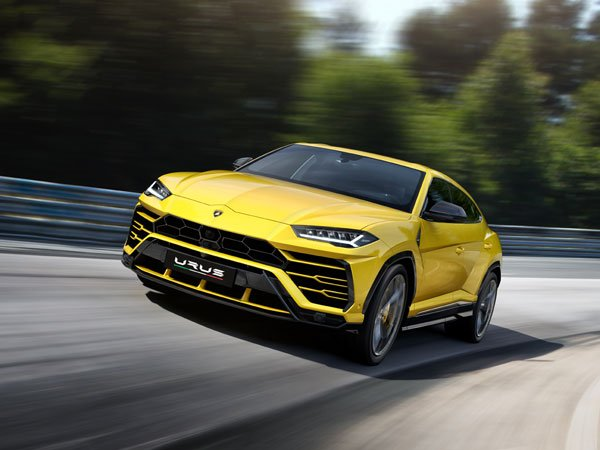 Lamborghini Urus suv launched, marking to be the fastest SUV in the world
