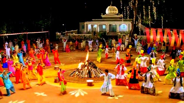 Happy Lohri 2018: Party Ideas to add more fun and enjoyment