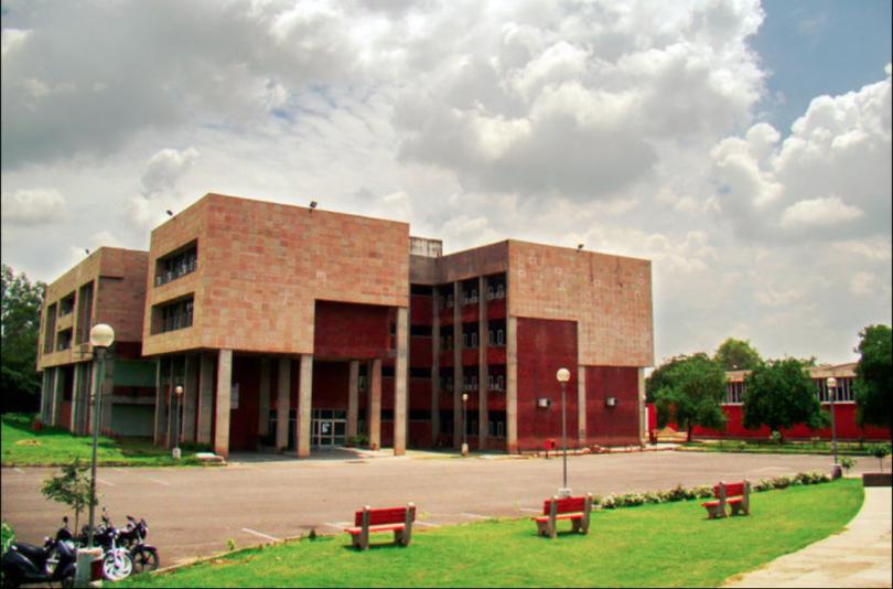 Punjab Engineering College to hike annual fee