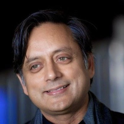 Shashi Tharoor and Sushma Swaraj debate over making Hindi the official language of India