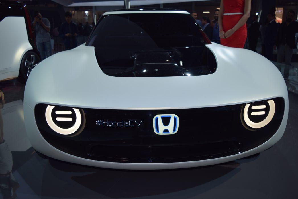 auto expo 2018 catch honda ev concept electric sport car due in 2019. Black Bedroom Furniture Sets. Home Design Ideas