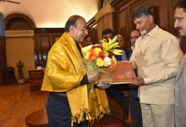 Chandrababu Naidu upset over budget; Calls emergency meeting to review ties with BJP