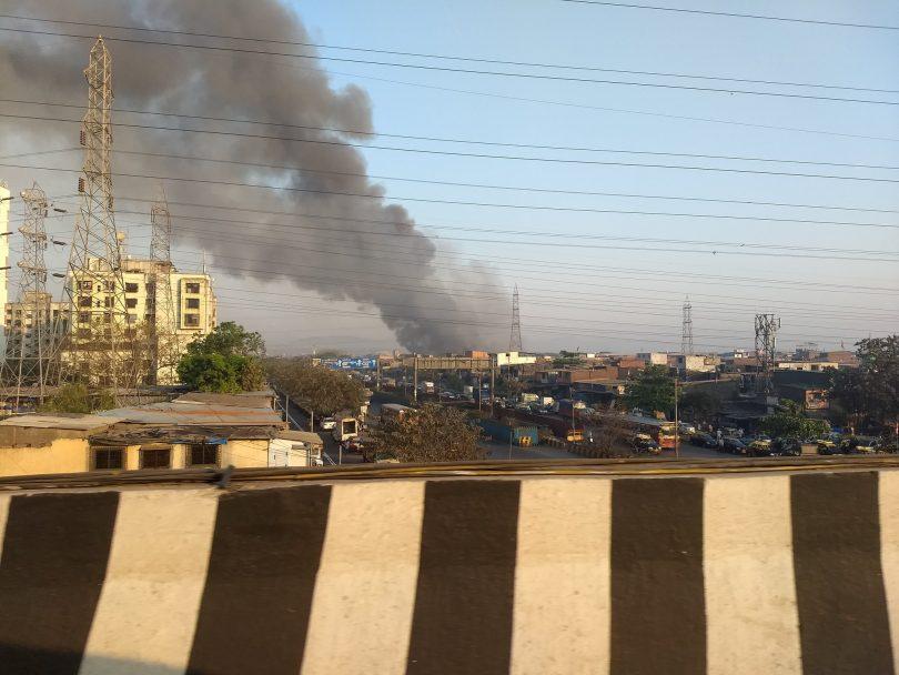 Mankhurd, Mumbai: Fire breaks out in a shop near Maya Hotel