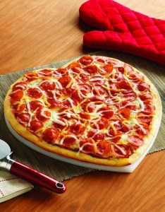 valentines heart shaped pizza