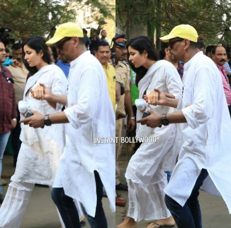 Katrina Kaif arrives at Shree devi's funeral rites