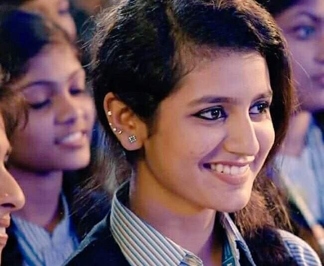 Priya Prakash Varrier starrer 'Oru Adaar Love' gets a new teaser and facial expressions