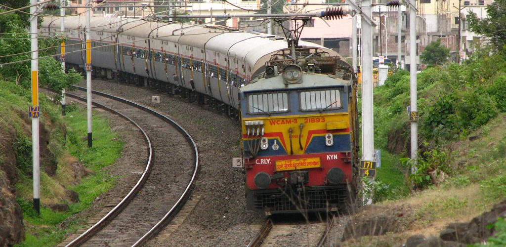 RRB Group D recruitment 2018 : 90,000 vacancies available at indianrailways.gov.in