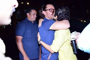 Aamir Khan and Kiran Rao share a loving kiss