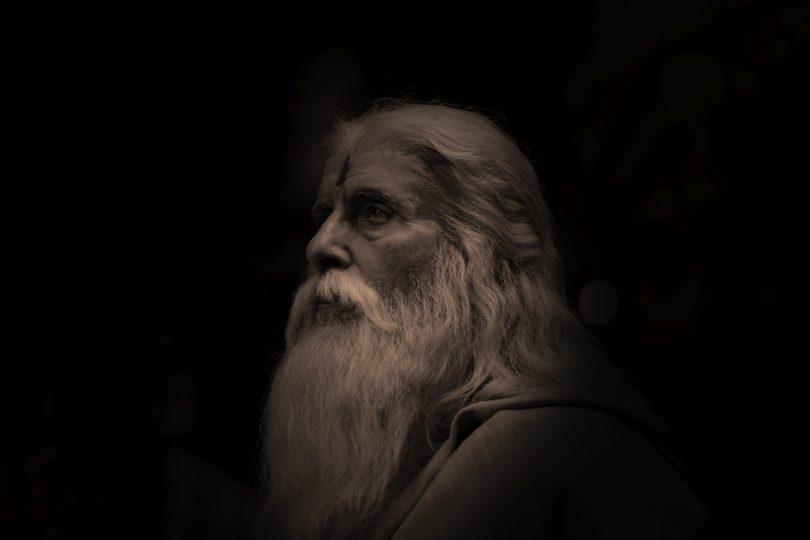Amitabh Bachchan's fierce look in Sye Raa Narasimha Reddy