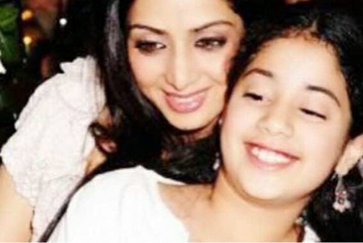 Boney Kapoor & Daughters Immerse Sridevi's Ashes