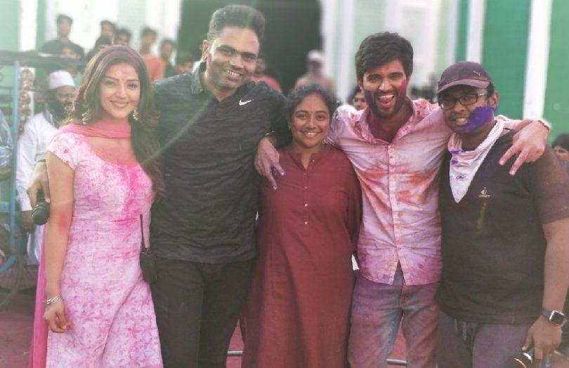 Vijay Deverakonda and Mehreen Pirzada to start shooting for a bilingual