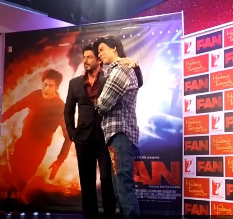 Shahrukh Khan's new wax statue to be unveiled at Madame Tussauds Delhi