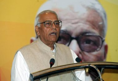 Former Finance Minister Yashwant Sinha quits BJP, says Democracy is in danger