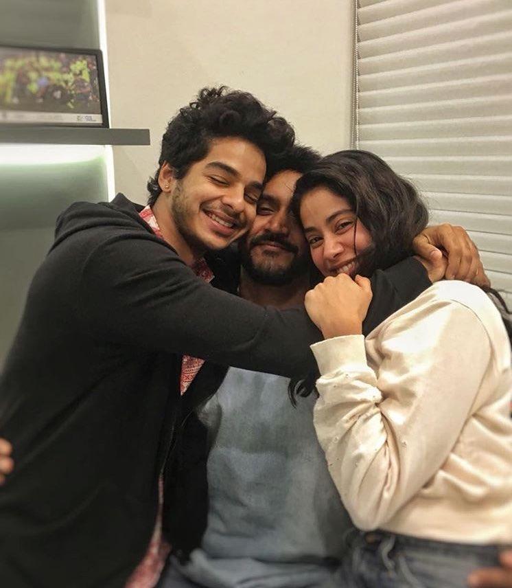 Ishaan Khatter and Jhanvi Kapoor cuddle up with Shashank Khaitan