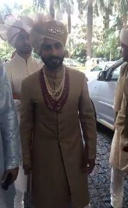 Groom Anand Ahuja looks handsome