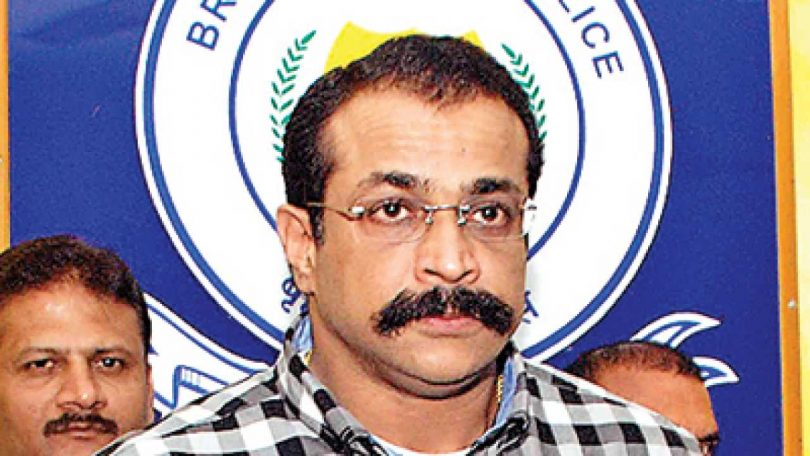 Mumbai leading officer and Former ATS Chief, Himanshu Roy commits suicide