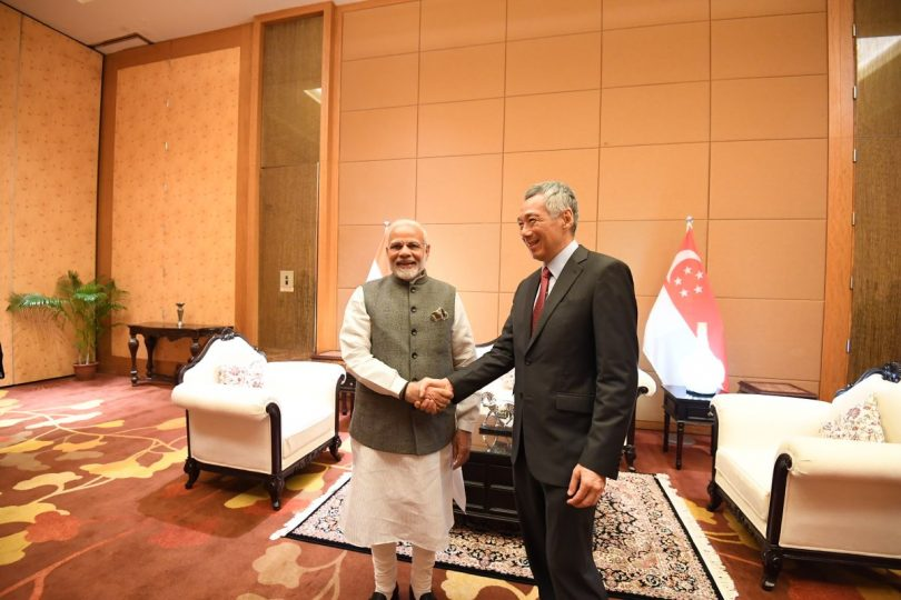 Narendra Modi in Singapore, Meets Prime Minister Lee Hsien Loong