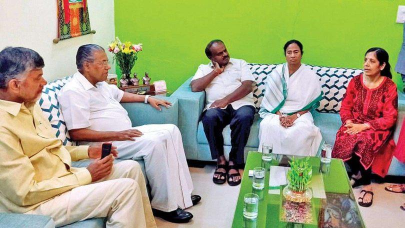 Why L-G denied permission of Mamata Banerjee to meet Arvind Kejriwal?