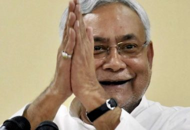If Nitish kumar leaves BJP, then we can consider him for Mahagathbandhan: Congress