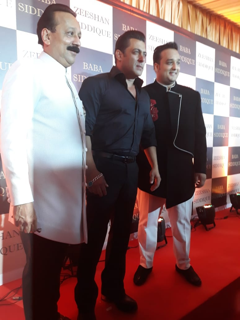 Salman Khan and Anil Kapoor arrive in Baba Siddique's iftar party