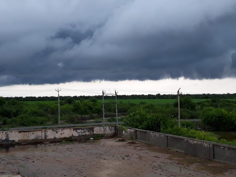 Gujarat rains, IMD issues red alert warning for heavy to very heavy rains