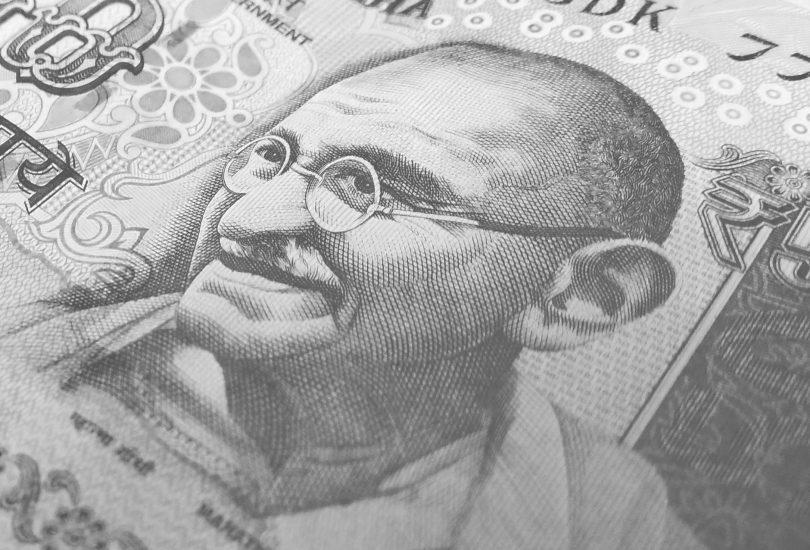 Indian Rupee falls to 68 dollars