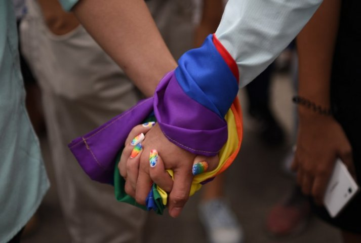 After the end of section 377 the way of LGBTQ dating App is easy