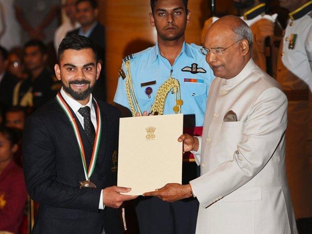Virat Kohli and Mirabai Chanu awarded by Khel Ratna 2018