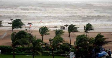 Cyclone Titli in Odisha, Andhra Pradesh Live Updates; Landfall near Gopalpur and Srikakulam