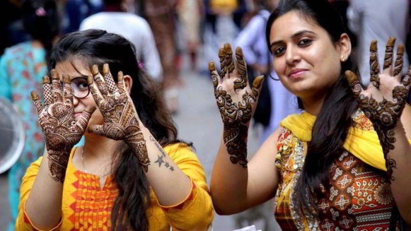Happy Karva Chauth Mehndi Designs, Images, Wishes, Quotes and Wallpapers